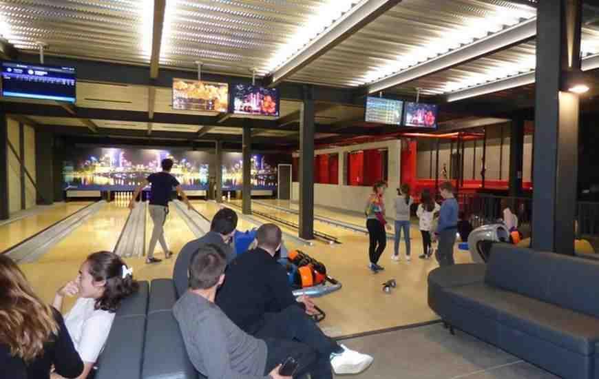 Comment fonctionne une piste de bowling ?