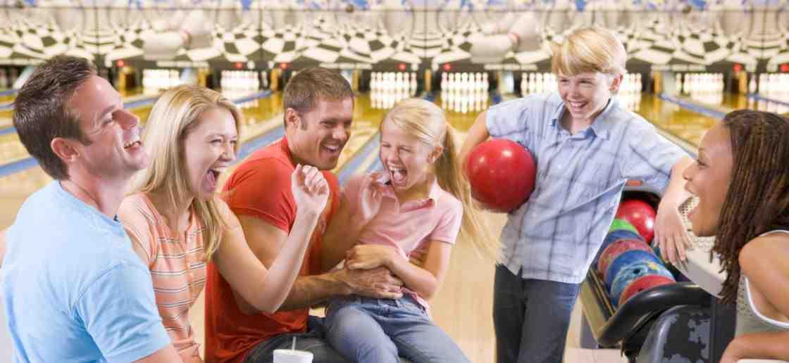 Comment se passe une partie de bowling?