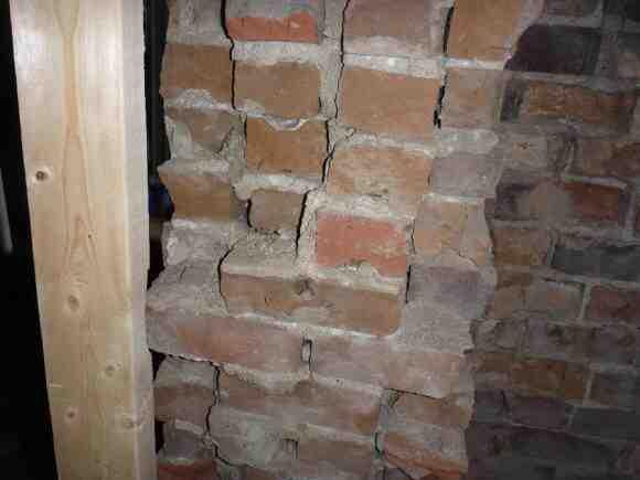 Comment enlever les taches des briques ?
